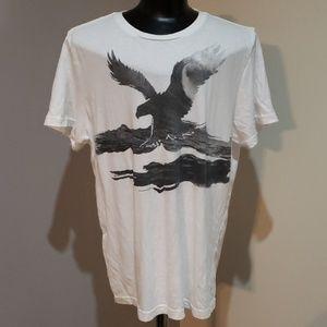 White American Eagle tshirt
